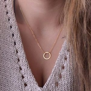 Dainty Circle Gold Tone Delicate Necklace D11